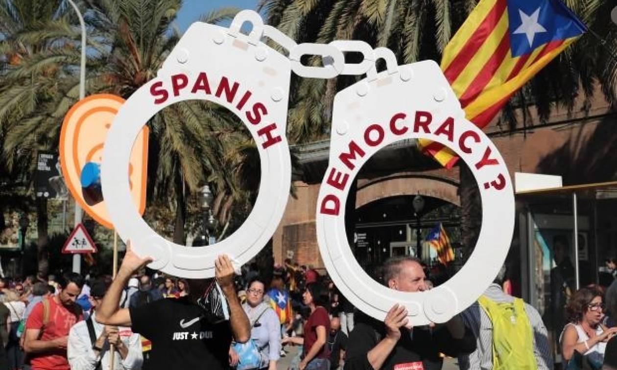 Απόσχιση Καταλονίας: Μήνυμα από ΗΠΑ – Υποστηρίζουμε την ενότητα της Ισπανίας