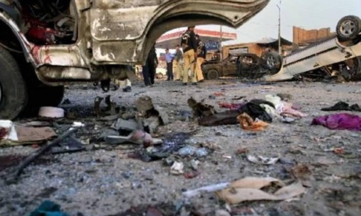 Σομαλία: 17 νεκροί από έκρηξη παγιδευμένων αυτοκινήτων