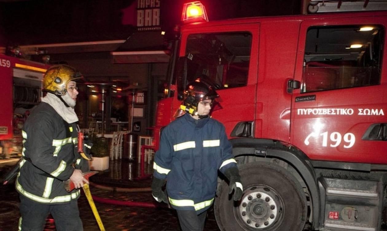 Θεσσαλονίκη: Ταβέρνα στο κέντρο της πόλης τυλίχθηκε στις φλόγες