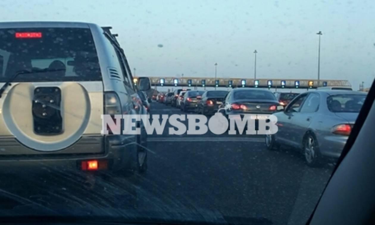 ΤΩΡΑ: Χαμός στις εθνικές οδούς - Επιστρέφουν οι εκδρομείς της 28ης Οκτωβρίου