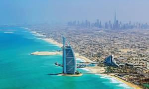 Εταιρεία προσφέρει 220.000 ευρώ το χρόνο για δουλειά στο Ντουμπάι!