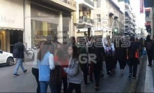 Κλειστά τα σχολεία της Πάτρας - Στους δρόμους οι μαθητές! (pics+video)