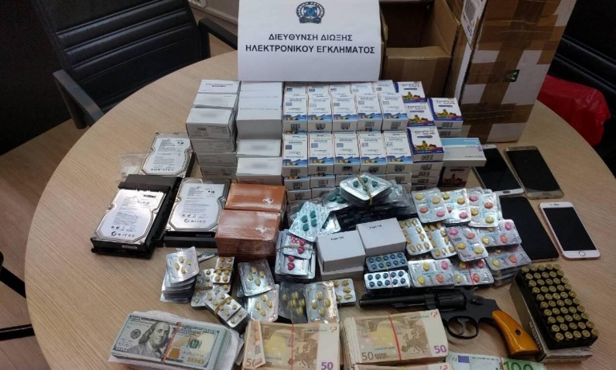 Σύλληψη 38χρονου για πώληση παράνομων φαρμακευτικών σκευασμάτων μέσω διαδικτύου