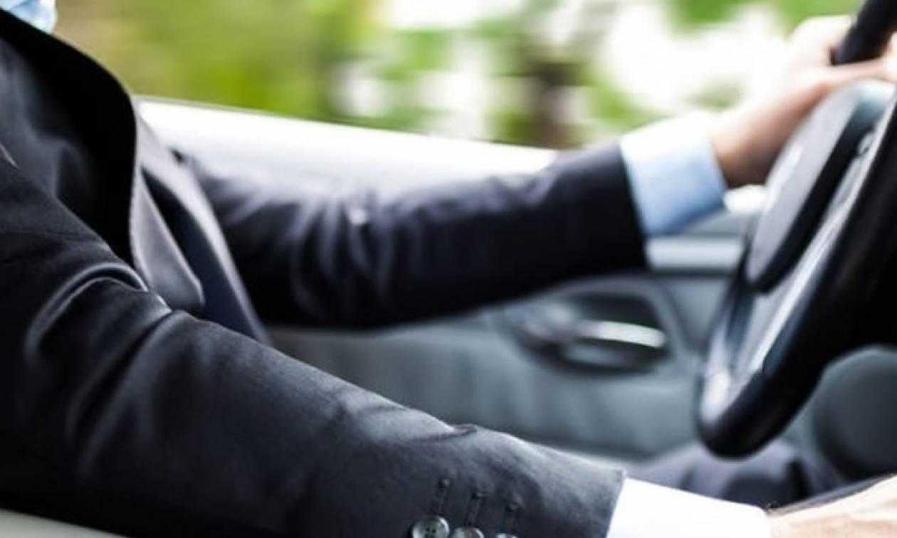 Πώς γίνεται ανανέωση άδειας οδήγησης για πολίτες άνω των 80 ετών