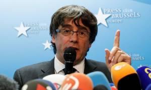 Πουτζντεμόν: Δεν ζητώ άσυλο από το Βέλγιο, «εγγυήσεις» για να επιστρέψω στην Καταλονία (vid)