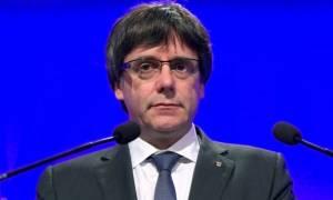 Καταλονία: Το Ανώτατο Δικαστήριο κλήτευσε τον Πουτζντεμόν και την κυβέρνησή του