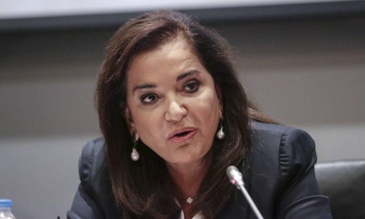 Μπακογιάννη: Δεν είναι κανονική μια χώρα όπου το κράτος χρωστά στους φορολογουμένους 6 δισ. ευρώ