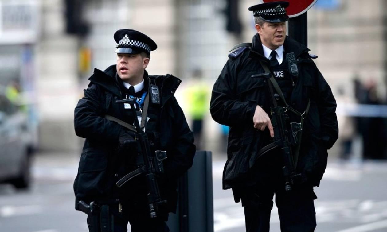 Βρετανία: Δύο 14χρονοι κατηγορούνται για συνωμοσία με στόχο τη διάπραξη φόνου