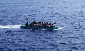 Επτά σοροί μεταναστών περισυνελέγησαν ανοικτά της Λιβύης