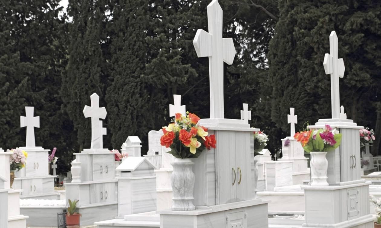 Λάρισα: Η ανατριχιαστική selfie σε νεκροταφείο και η «καμπάνα» του δικαστηρίου