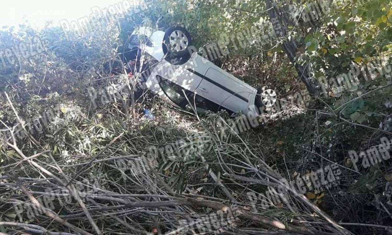 Πρέβεζα: Μυστήριο με αυτοκίνητο που βρέθηκε τουμπαρισμένο σε χαντάκι χωρίς...