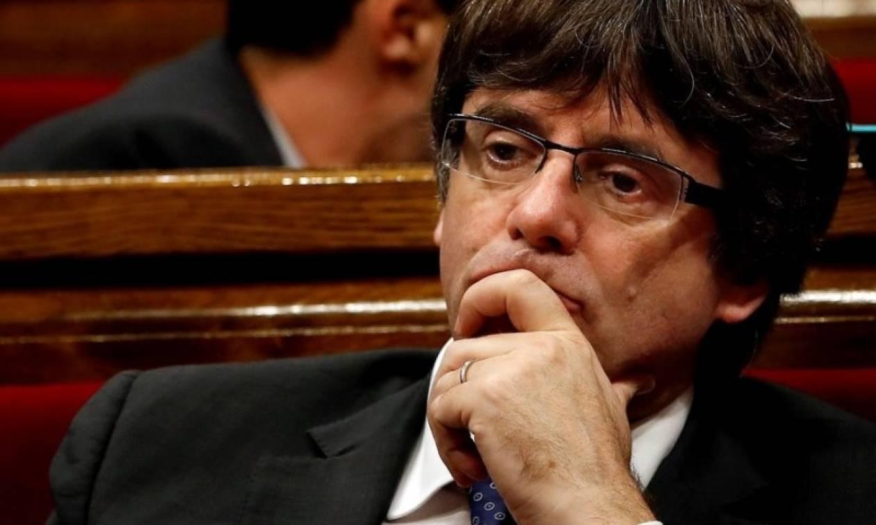Ραγδαίες εξελίξεις στη Καταλονία: Προφυλακίστηκαν εννέα υπουργοί του Πουτζδεμόν
