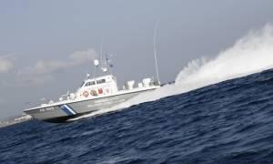 Βύθιση σκάφους στην Καλόλιμνο: Μία νεκρή γυναίκα και αρκετοί αγνοούμενοι μετανάστες