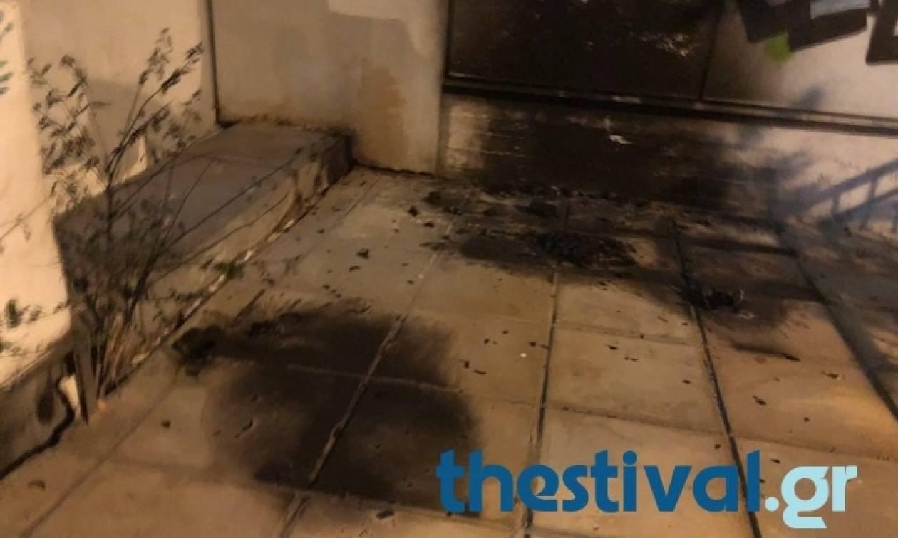 Επίθεση με μολότοφ σε κλούβα των ΜΑΤ στη Θεσσαλονίκη (pics)