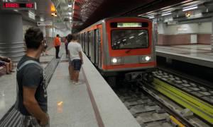 Τα 10 πιο ΕΚΝΕΥΡΙΣΤΙΚΑ πράγματα που θα πετύχεις μέσα στο Μετρό!