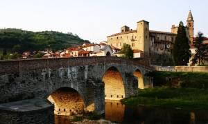 Είσαι άνεργος; Η Ιταλία πληρώνει 1.900 ευρώ όποιον πάει να μείνει σε αυτό το χωριό
