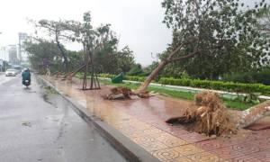 Ο τυφώνας Ντάμρεϊ «σφυροκοπάει» το Βιετνάμ: Τουλάχιστον 27 νεκροί