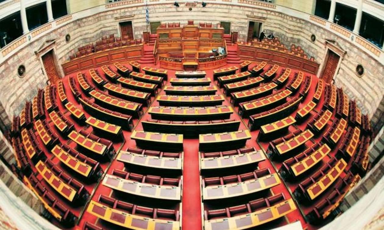 Βουλή: «Πόλεμος» κυβέρνησης – ΝΔ για το επεισόδιο του Καμμένου με τον ταξίαρχο