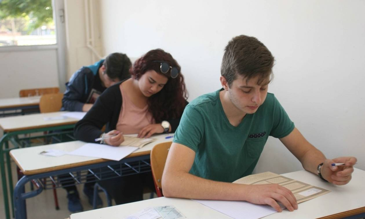 Πανελλήνιες: Σταδιακά ελεύθερη η εισαγωγή στα Πανεπιστήμια