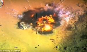Μαχητικό βομβαρδίζει και «εξαϋλώνει» πέντε τζιχαντιστές (vid)