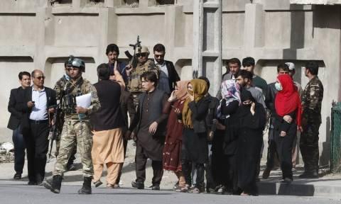 Καμπούλ: Το Ισλαμικό Κράτος ανέλαβε την ευθύνη για την αιματηρή επίθεση σε τηλεοπτικό δίκτυο