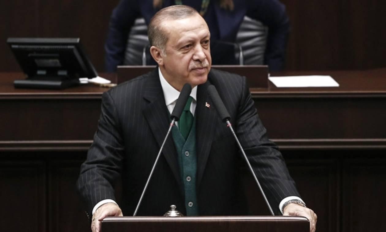 Ασύλληπτη προκλήση Ερντογάν: «Με την κατάκτηση της Κύπρου σας κόψαμε το χέρι» (vid)