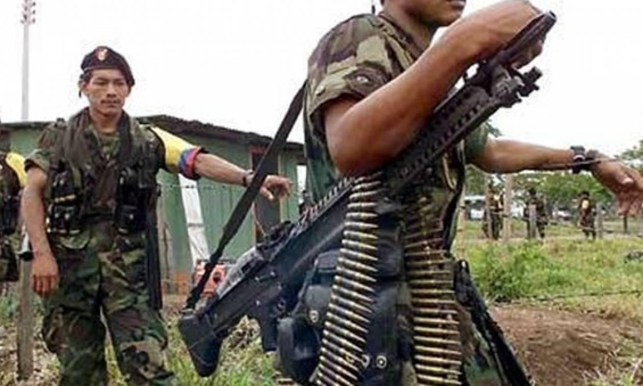 Κολομβία: Σε κίνδυνο εκατοντάδες οικογένειες από τη δράση ένοπλων οργανώσεων
