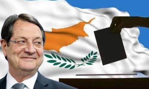 ΔΗΜΟΣΚΟΠΗΣΗ: Νικητής με όλους ο Αναστασιάδης - Χάνει και από Παπαδόπουλο ο Μαλάς (ΠΙΝΑΚΕΣ)
