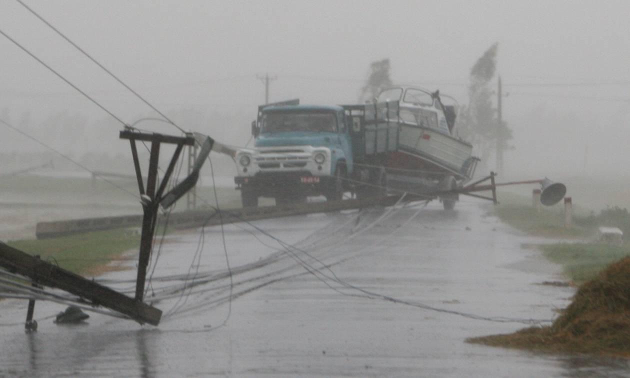 Βιετνάμ: Στους 106 οι νεκροί από τον τυφώνα Ντάμρεϊ