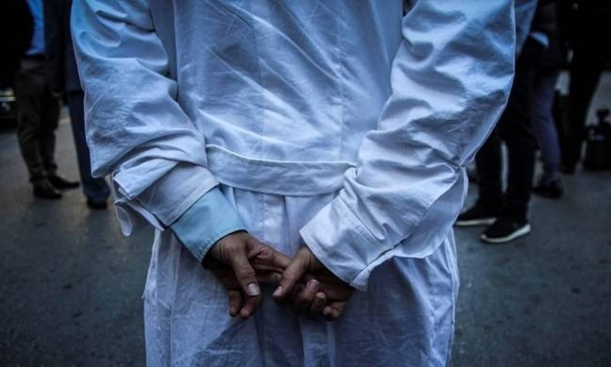 Απεργούν σήμερα Πέμπτη οι νοσοκομειακοί γιατροί