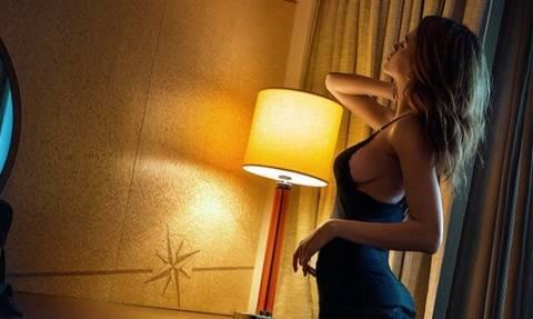 Ελληνίδα εστεμμένη κολάζει το Instagram με τις καμπυλάρες της! (pics)