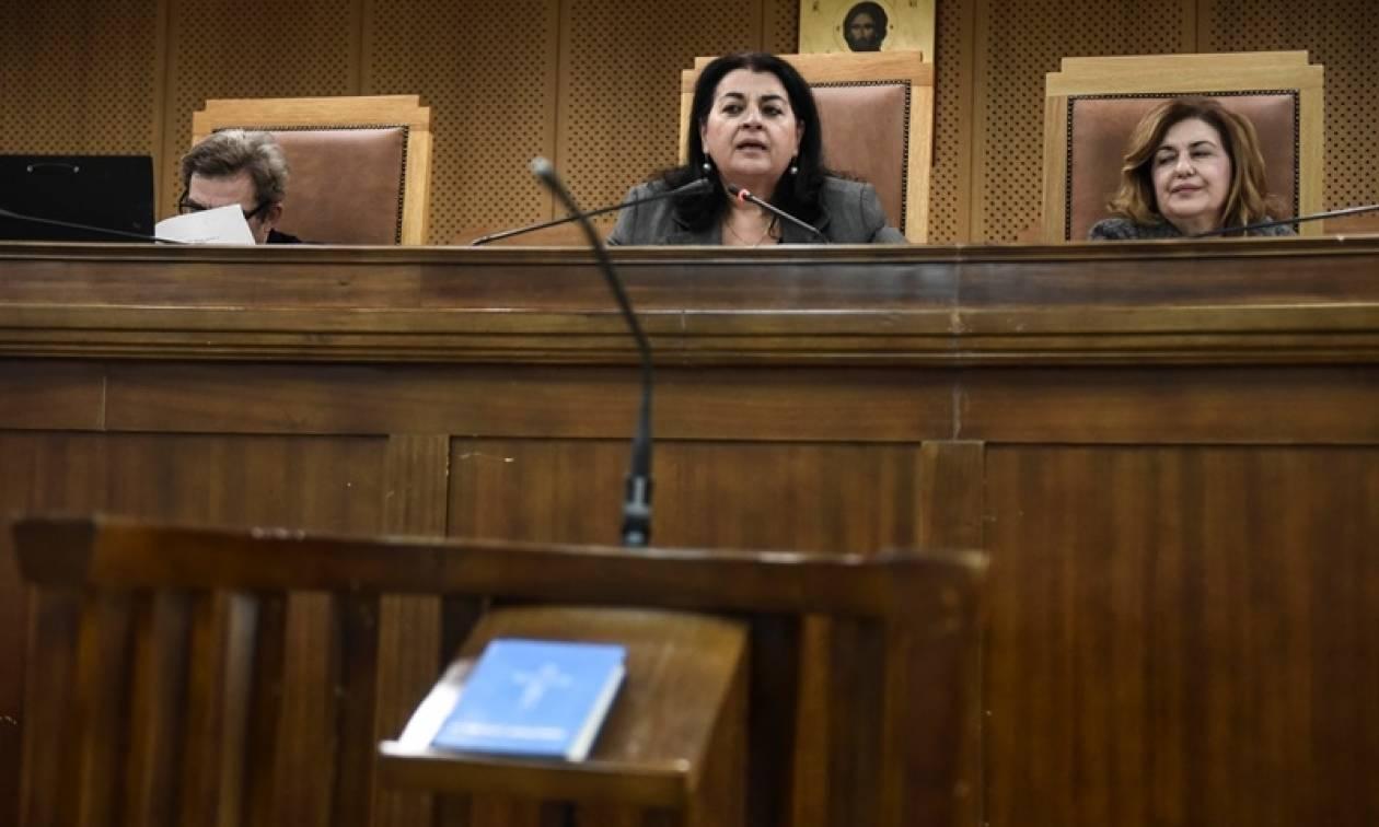 Δίκη Χρυσής Αυγής - Προστατευόμενη μάρτυρας: «Ήταν το χόμπι τους να χτυπάνε Πακιστανούς»