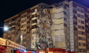 При обрушении дома в Ижевске погибли двое детей, сообщил источник