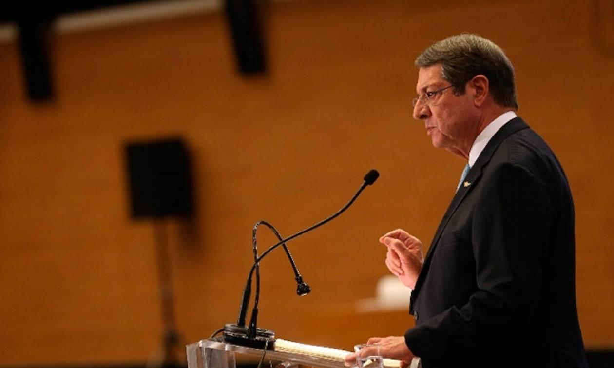 Никос Анастасиадис примет участие в саммите EU-Arab Summit