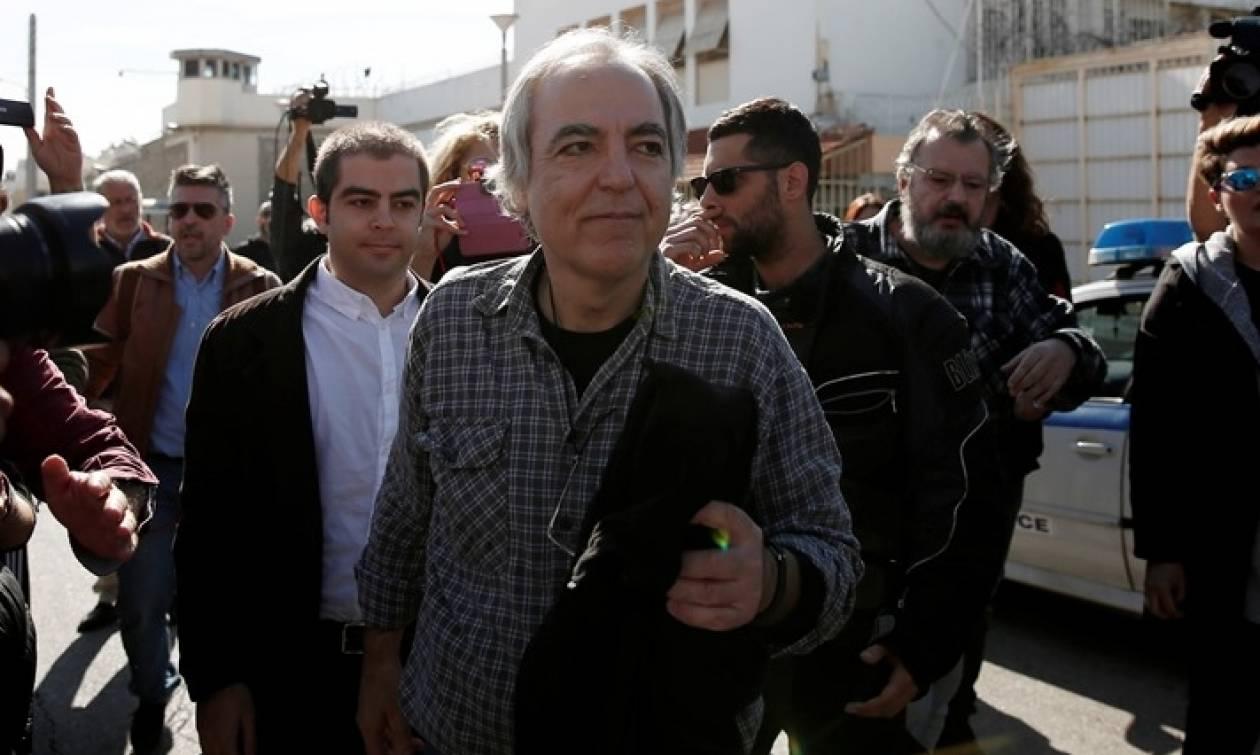 Επιστρέφει στη φυλακή ο Δημήτρης Κουφοντίνας