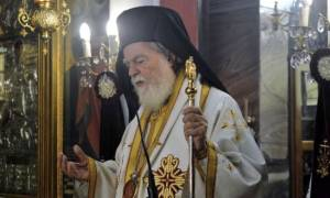 Συγκλονιστικό βίντεο: Η στιγμή που ο Μητροπολίτης Μάνης πεθαίνει την ώρα της Θείας Λειτουργίας