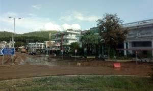 Ηγουμενίτσα: Ζημιές και τόνοι λάσπης από τη νεροποντή (pics)