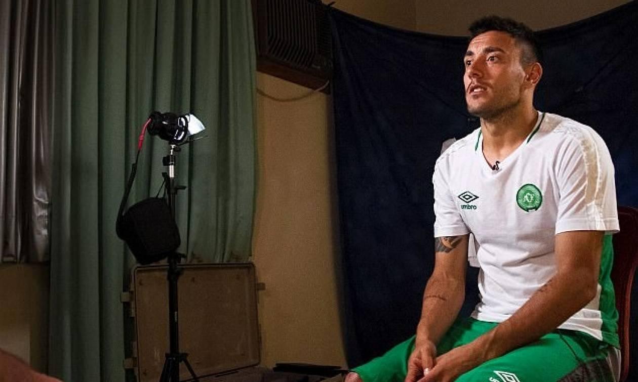Συγκλονίζει ποδοσφαιριστής της Τσαπεκοένσε: Γιατί ζω ενώ οι φίλοι μου πέθαναν;