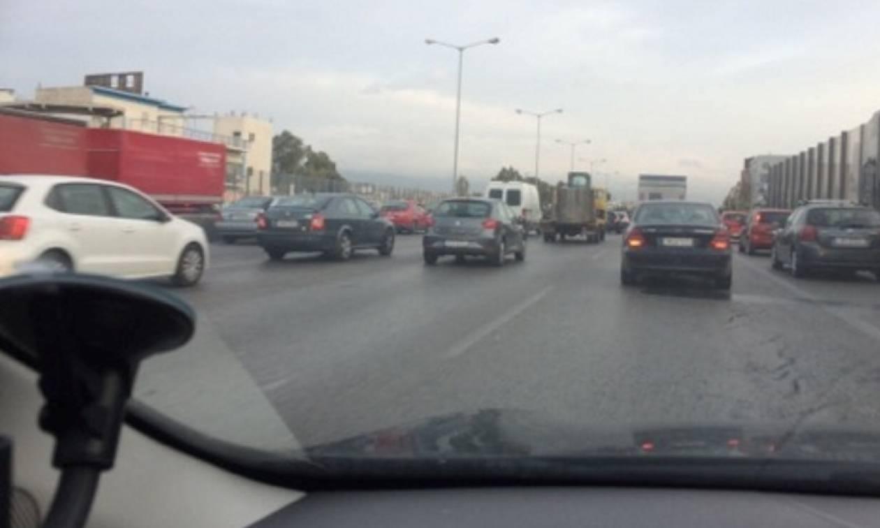 Απεργία ΜΜΜ: Χωρίς Μετρό η Αθήνα – Σε ποιους δρόμους παρατηρείται κυκλοφοριακό χάος