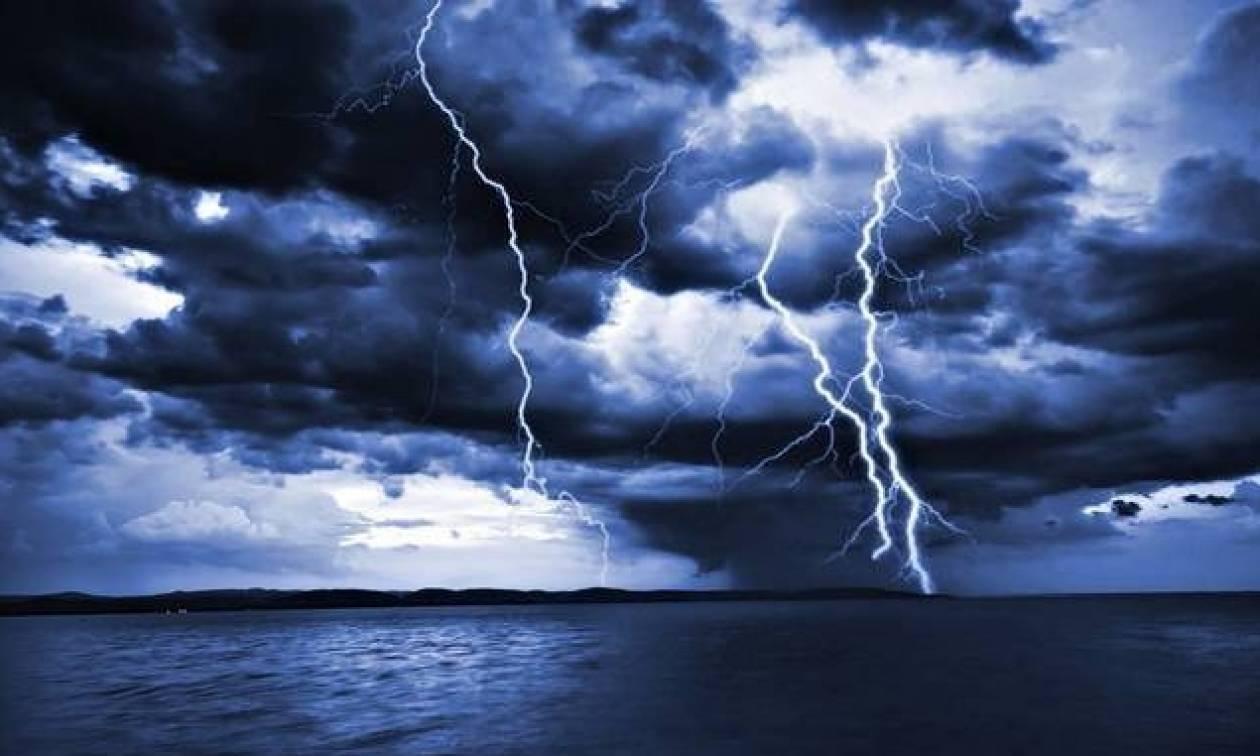 Καιρός ΤΩΡΑ: Η «Ευρυδίκη» πλησιάζει και απειλεί την Αττική (ΧΑΡΤΕΣ)