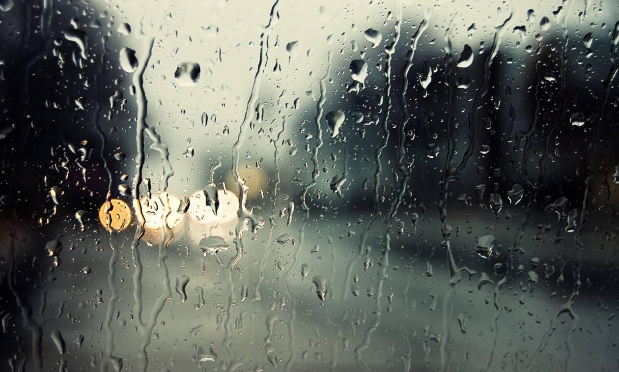 Καιρός LIVE: Ραγδαία επιδείνωση σε όλη τη χώρα - Δείτε πού βρέχει ΤΩΡΑ