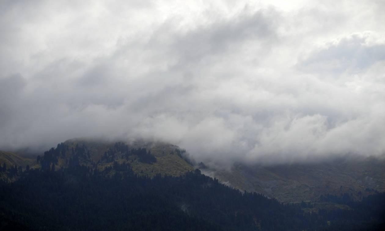 Καιρός τώρα: Σαρώνει τη χώρα η «Ευρυδίκη» - Δείτε πού θα είναι έντονα τα φαινόμενα την Τρίτη (pics)