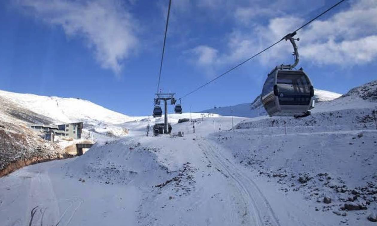 Τα χιονοδρομικά κέντρα της Βόρειας Ελλάδας προετοιμάζονται για τις «άσπρες» μέρες