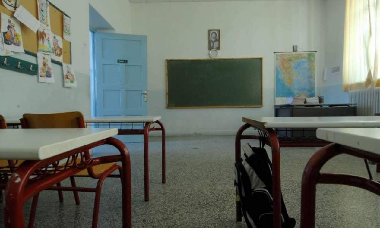 Aντικαταστάθηκε η δασκάλα που έβαλε τα παιδιά να χαστουκίσουν συμμαθητή τους