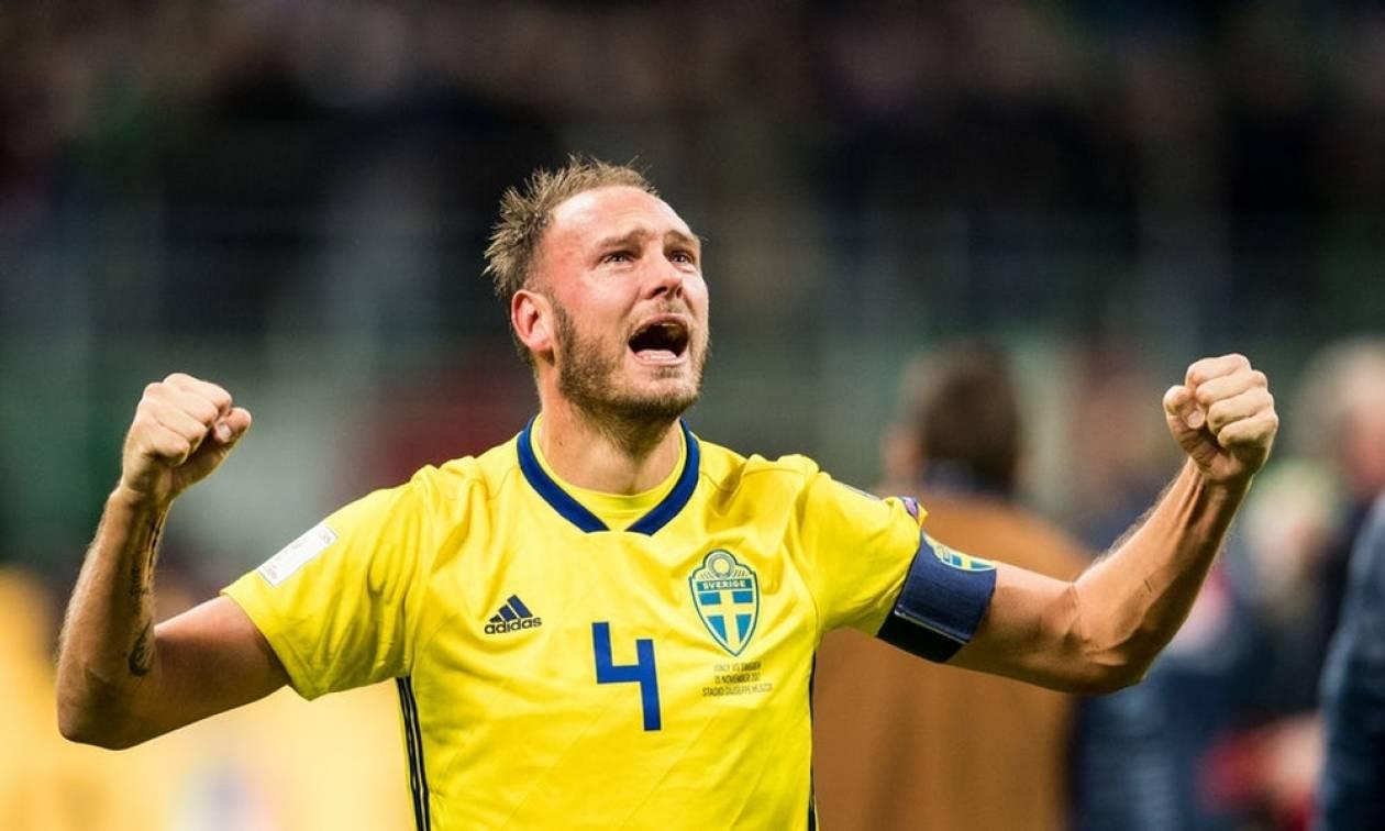 Επικό! Κούρεψαν γουλί παίκτη της Σουηδίας για την πρόκριση! (vid)