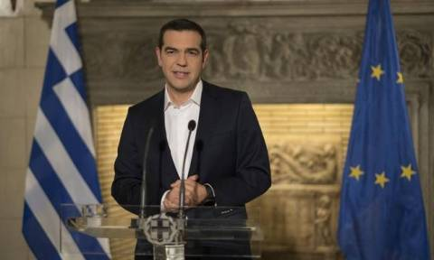 Tsipras: Government to distribute 1.4 bln euros in one-off handouts this December