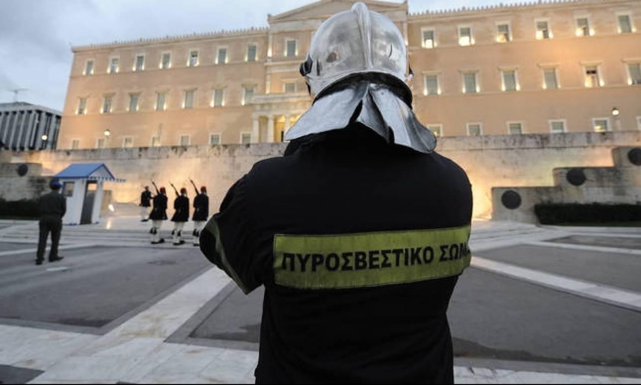 «Μας θυμάστε μόνο όταν το θεωρείτε σκόπιμο»: Ανοιχτή επιστολή ενστόλων προς Τσίπρα για το μέρισμα