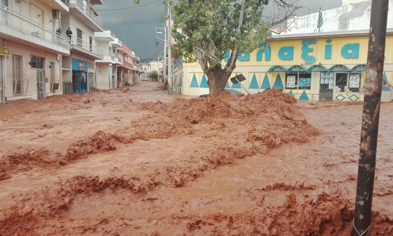 Πλημμύρες ΤΩΡΑ: Άρχισε να βρέχει ξανά στη δυτική Αττική
