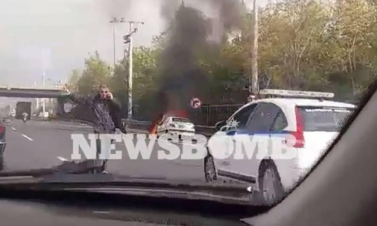Φωτιά σε αυτοκίνητο στην Εθνική Οδό Αθηνών - Λαμίας (vid)