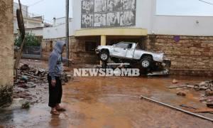 Εθνικό πένθος για τα θύματα της κακοκαιρίας - Δραματικές εικόνες καταστροφής στη Δ. Αττική (pics)